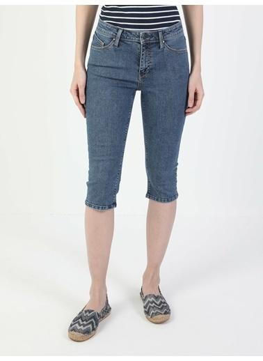Colin's Colin'S Super Slim Fit Orta Bel Crop Leg Carissa Wash Kadın Şort Renkli